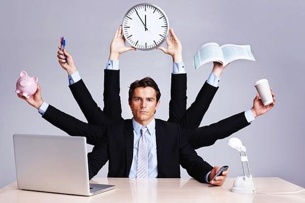 Làm sếp bận bịu cả ngày