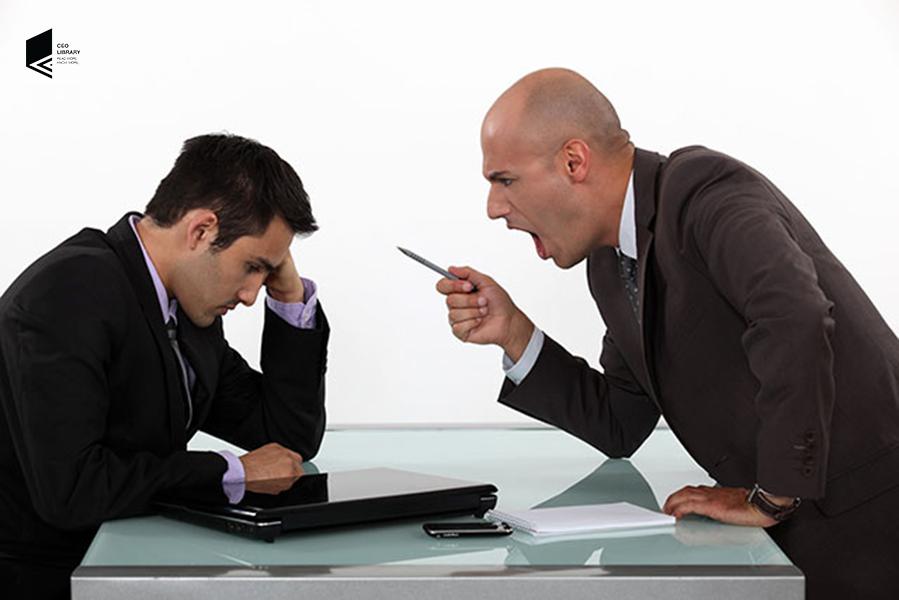 Lãnh đạo luôn ra mệnh lệnh, ép buộc nhân viên